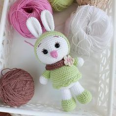 Love bunnies? We have a great bunny crochet pattern to share! Sunny is a lovely and very positive white bunny with a passion for cute clothes.