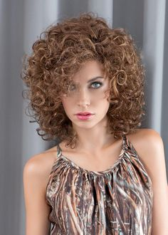 Curly Hair Styles, Curly Hair Tips, Short Curly Hair, Medium Hair Styles, Curly Shag Haircut, Messy Bob Hairstyles, Wig Hairstyles, Curly Hair Routine, Hair Color Balayage