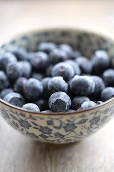 """Every since I was a little kid, I've just loved Blueberries! Fresh Blueberry Pie, Blueberry Farm, Fruit And Veg, Fruits And Vegetables, Fresh Fruit, Fresco, Summer Fruit, Summertime, Raspberry"