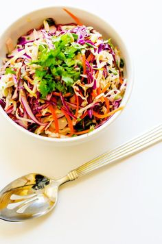 Mexican Side Dishes, Vegetable Side Dishes, Healthy Coleslaw, Cabbage Slaw, Heart Healthy Recipes, Salad Bar, Vegetable Salad, Clean Eating, Cooking Recipes