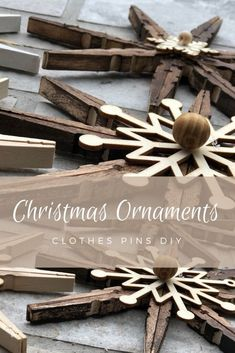 Easy Ornaments, Rustic Christmas Ornaments, Diy Christmas Ornaments, Christmas Holidays, Christmas Decorations, Primitive Christmas, Country Christmas, Christmas Christmas, Christmas Centerpieces