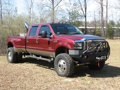 Ford f350! This is what momma needs!!