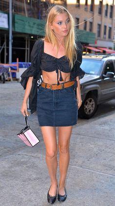 Street style look jeans.