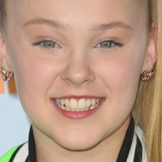 JoJo Siwa Clothes & Outfits   Steal Her Style