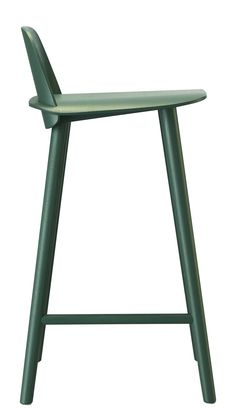 Nerd Bar chair - H 65 cm - Wood Green by Muuto - Design furniture and decoration with Made in Design
