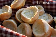 Mommy's Kitchen: Louise's Popovers {Potluck Sunday}