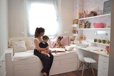 in the Eixample of Barcelona: Children& bedrooms ., Apartment in the Eixample of Barcelona: Children& bedrooms . Small Room Bedroom, Baby Bedroom, Girls Bedroom, Bedroom Decor, Dispositions Chambre, Girl Bedroom Designs, Pink Room, Bedroom Layouts, Kids Room Design