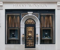 Having taken a nine-month hiatus from the London jewellery scene while its New Bond Street boutique underwent renovation, New York jeweller Harry Winston has finally reopened its doors to a light-filled 322 sq ft space. The newly constructed archway on. Harry Winston, Showroom Design, Shop Interior Design, Retail Design, Entrance Design, Facade Design, Exterior Design, Jewellery Shop Design, Jewellery Showroom