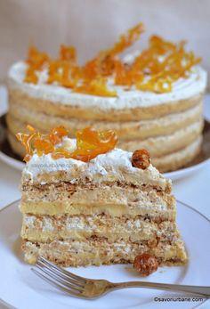 Tortul egiptean un desert fabulos, pralinat, compus din 3 fo Elegant Desserts, Fancy Desserts, Delicious Desserts, Helathy Food, Romanian Desserts, Romanian Food, Afternoon Tea Cakes, Cheesecake, Dessert Cake Recipes