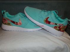 ***All Nike Shoe are authentic & you can mail in your own pair to save money. (Inbox us for details). - Shoe lining colors may vary if you order Youth 4-7 the lining is usually white. - Prints are pro