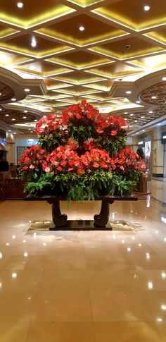 Resorts World Manila, Philippines, Table Decorations, Floral, Furniture, Home Decor, Decoration Home, Room Decor, Flowers