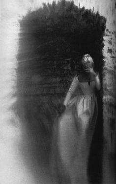 Darksome alley darkroom