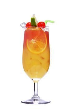 Sex on the Beach Cocktail Recipe Cocktail List, Cocktail Recipes, Dessert Drinks, Yummy Drinks, Desserts, Sex On The Beach Cocktail Recipe, Sunset Drink, Beach Cocktails, Long Drink
