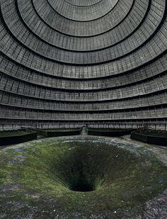 Les plus beaux lieux abandonnés dans le monde : Tour aéroréfrigérante, Belgique.