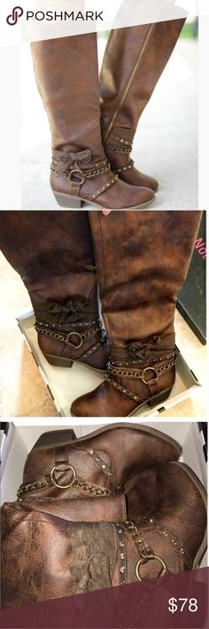 """NWT BUCKLE NOT RATED TALL BROWN BOOTS SIZE 8 NEW IN BOX!!! NOT RATED BUCKLE TALL BROWN BOOTS SIZE 8  Details Sizing: True to size.  - Round toe - Fabric vamp - Jeweled and buckle detail - Full side zip closure - Lightly padded footbed - Stacked block heel - Welt midsole - Approx. 16.5"""" shaft height, 16"""" opening circumference - Approx. 1.75"""" heel - Imported Materials Fabric upper, TPR sole Not Rated Shoes Combat & Moto Boots"""