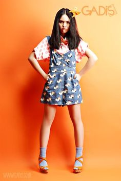 Ready for Friday? Try printed overall for your stylish performance at school.