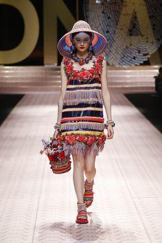 dd76280d90a Dolce amp Gabbana Spring Summer 2019 Women s Fashion Show.  DGDNA   DGWomenSS19  DolceGabbana