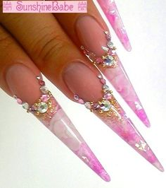 From 武本小夜 先生 Stiletto Shaped Nails, Stiletto Nail Art, Acrylic Gel, Best Acrylic Nails, The Art Of Nails, Beautiful Nail Designs, Nail Artist, Spring Nails, Younique