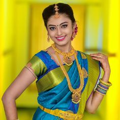 Tired of scrolling through a bunch of pages to find that perfect blouse designs? Check out the top most South Indian blouse designs to pair with a kanjeevaram saree- Eventila Indian Bride Poses, Indian Wedding Poses, South Indian Bride Hairstyle, Indian Bridal Photos, Indian Wedding Photography Poses, Indian Bridal Wear, Half Saree Designs, Saree Blouse Designs, South Indian Blouse Designs