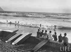 Vintage Hawaiian surfer sepia pictures | Surfing Culture