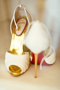 Christian Louboutin OFF!>> 21 Times Christian Louboutin Wedding Shoes Made Us Fall in Love - Rebecca Lindon Women's Shoes, Mode Shoes, Shoes Style, Navy Blue Purse, Louboutin High Heels, Cheap Christian Louboutin, Blue Wedding Shoes, Bridesmaid Clutches, Designer Shoes