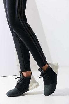 adidas Colorblock Tubular Defiant Sneaker - Urban Outfitters
