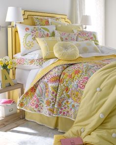 #Buttercup Bungalow ... #cottage #bedroom #yellow #paisley