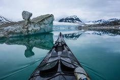 """El títol de la imatge que veiem és """"Styggevatnet en Jostedalen, Noruega"""". El fotògraf responsable d'aquesta meravellosa fotografia és Tomasz Furmanek, i la va fer l'any 2013."""