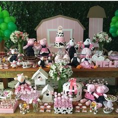 Festa Fazendinha Baby Girl Birthday Theme, Farm Birthday, Birthday Party Favors, 2nd Birthday Parties, Birthday Party Decorations, Farm Themed Party, Barnyard Party, Farm Party, Kids Party Themes