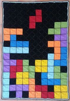 """Crochet Blankets Ideas """"It took me a couple of months, but I'm very proud of my self made tetris blanket :) """" - Pixel Crochet Blanket, Crochet Quilt, Manta Crochet, Crochet Squares, Crochet Blanket Patterns, Crochet Granny, Crochet Baby, Knit Crochet, Minecraft Blanket"""