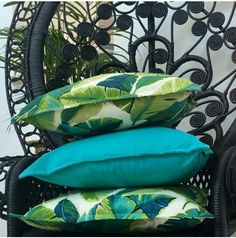 Bungalow Living Tropical Cushions