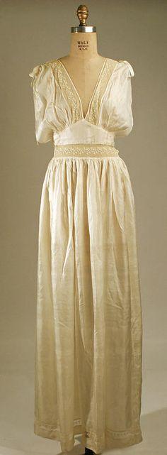 Nightgown  late 1930s  The Metropolitan Museum of Art