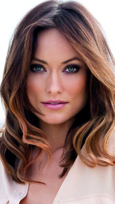 Olivia Wilde with gorgeous hair & makeup inspired my heroine. Addison Tyler Olivia Wilde with gorgeous hair & makeup inspired my heroine. Celebrity Hairstyles, Hairstyles 2018, Beautiful Celebrities, Gorgeous Hair, Stunning Eyes, Gorgeous Women, Pretty Hairstyles, Pretty Face, Her Hair