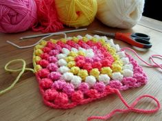 "Free pattern for Colour in a Simple Life's ""Granny Bobble Spiral Square""!"