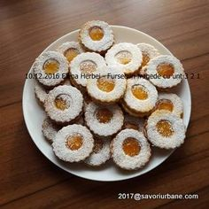 Fursecuri fragede cu unt 3 2 1 | Savori Urbane Unt, Cookie Recipes, Biscuits, Muffin, Cookies, Breakfast, Activities, Food, Mariana
