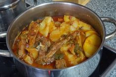 Portuguese Recipes, Thai Red Curry, Chicken, Meat, Cooking, Ethnic Recipes, Desserts, Food, Drink