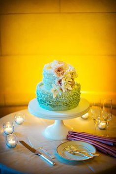 Romantic wedding in blush and mint green as reflected in this ruffled cake by Maggie Austin Cake. Photo: Kurstin Roe. Wedding Planner: Vicky Choy, Event Accomplished.