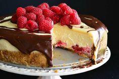 Tartas de queso 'sin excusas': tarta de ganaché de doble chocolate y frambuesas