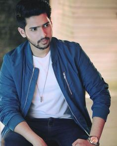 Mera ammu , In very serious mode. You Are Cute, Cute Guys, My Favorite Part, Favorite Person, Singer Talent, Handsome Prince, My Prince Charming, Famous Singers, I Miss Him
