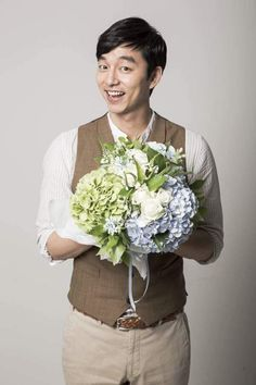 Goblin Gong Yoo, Yoo Gong, Flower Boys, Kdrama, Handsome, Yoga, Celebrities, Flowers, People