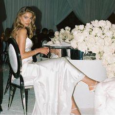 Wedding Mood Board, Wedding Pics, Wedding Bells, Wedding Styles, Wedding Ideas, Perfect Bride, Perfect Wedding, Dream Wedding, Monique Lhuillier