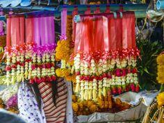 Warroros Blumenmarkt in Chiangmai. Curtains, Shower, Prints, Flower Market, Rain Shower Heads, Blinds, Showers, Draping, Picture Window Treatments