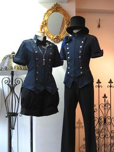 昨日ご紹介した、立ち襟の半袖ブラウスの青色が本日入荷しましたレコンキスタ半袖BL...