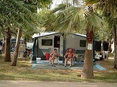 !!!! Camping & Residence Don Antonio in Giulianova | Italië - ACSI - Italië - Abruzzen - Teramo - Giulianova | Beoordeling: 8,3|Bekijk 31 beoordelingen - Camping geschikt voor gehandicapten - Zwembad niet voorzien van takellift, maar langzaam aflopende bodem, plus plastic rolstoel - stacaravans, Studio's, appartementen en bungalows te huur - opp. 50 - 100m2 - 80% wifi