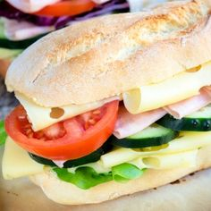 Classic Submarine Sandwich - Breakfast - Sandwich Types Of Sandwiches, Cold Sandwiches, Submarine Sandwich, Easy Sandwich Recipes, What To Cook, Different Recipes, Soup And Salad, Cooking Recipes, What's Cooking