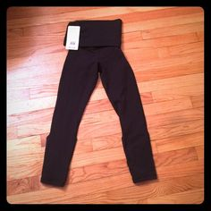 Lululemon wunder under dance pants 2 These can be worn so many ways... Fold over, high waist, all the way up as a onesie, the backs also convert ... Awesome all around.  They're the longer crop length lululemon athletica Pants Leggings