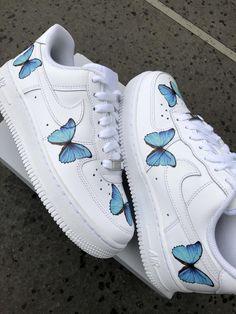 Cute Nike Shoes, Cute Nikes, Cute Sneakers, Nike Air Shoes, Shoes Sneakers, Nike Custom Shoes, Cute Converse, Vans Custom, Custom Painted Shoes