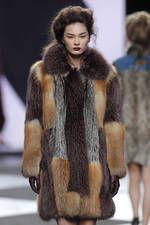 Miguel Marinero en la 63ª Mercedes-Benz Fashion Week Madrid - Ediciones Sibila (Prensapiel, PuntoModa y Textil y Moda)