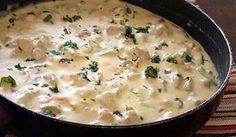Köstliche cremige Soße. Auf Nudeln oder eventuell auch auf Reis servieren.