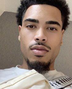 Image about men in Black King Things. Black Man, Fine Black Men, Handsome Black Men, Black Boys, Fine Men, Just Beautiful Men, Gorgeous Black Men, Beautiful Men Faces, Pretty Men